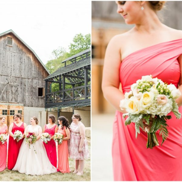 Barn wedding at Rivercrest Farm, flowers by Garden by the Gate Floral Design, Photos: Loren Jackson Photography